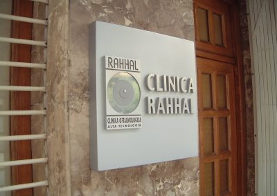 Señalética para hospitales y clínicas en Valencia