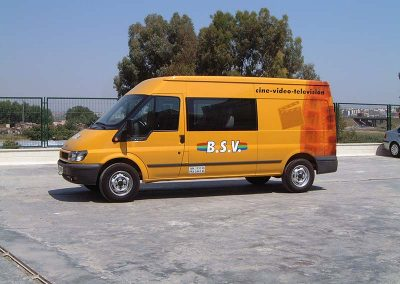 Rotulación de vehículos vinilo de corte y digital