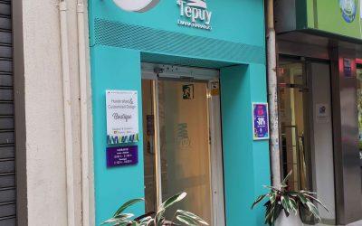 Rótulo corporeo, banderola y placa corporativa: Tepuy