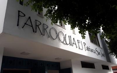 Corpóreo recortado en aluminio con separadores: Parroquia El Patriarca San José